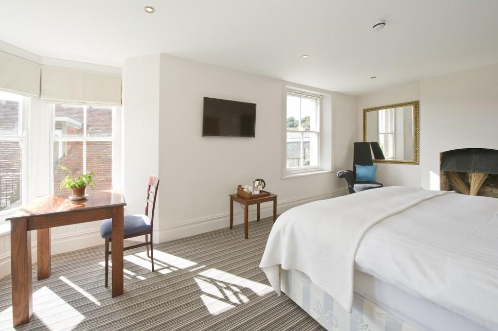 Rudds Lulworth luxury accommodation - The Cove Room